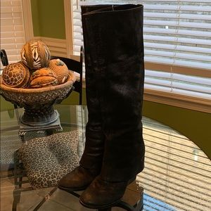 Used Vince Camuto suede knee boots 7.5